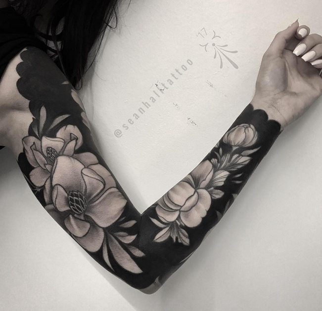 black grey tattoo sleeve