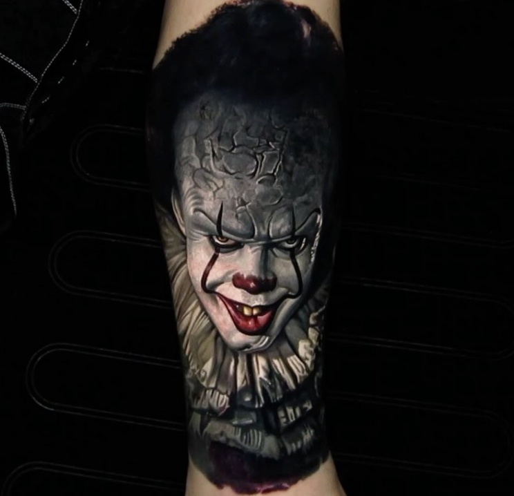 nikko hurtado IT Pennywise Tattoo
