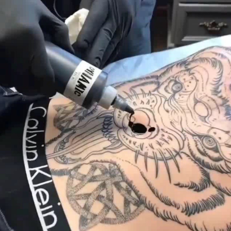belly button tattoo
