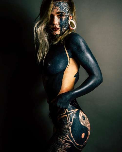 nadine anderson blackout tattoos